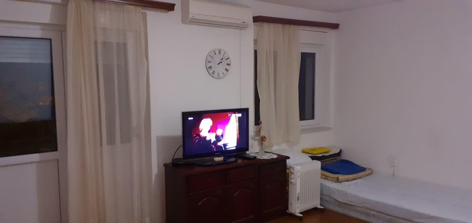 Stan, 60 m2, 135 EUR/mj, Split, Ravne njive